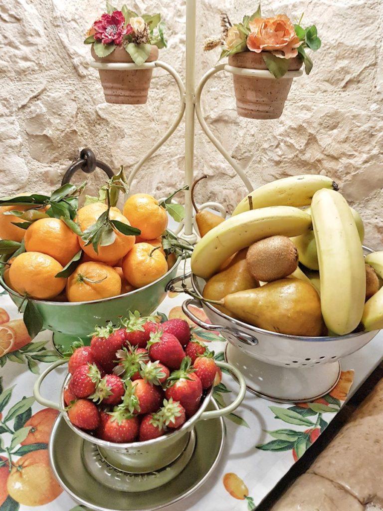 frutta-colazione-buffet-agriturismo-modica