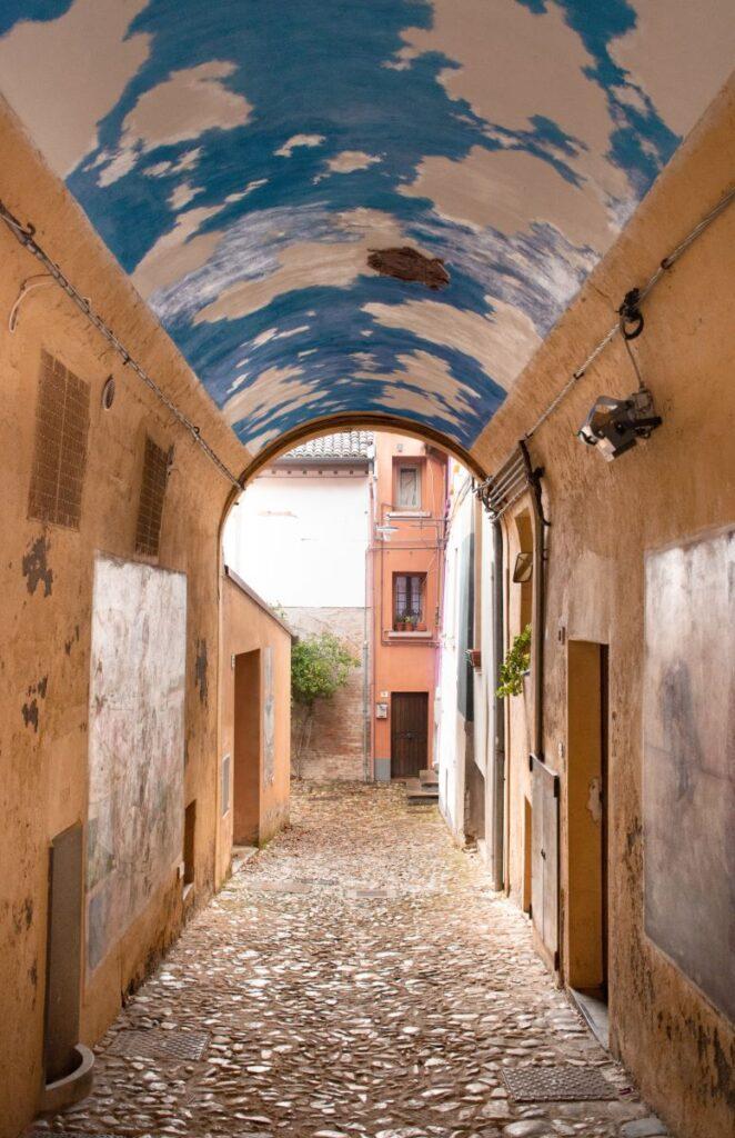 dozza-borgo-murales
