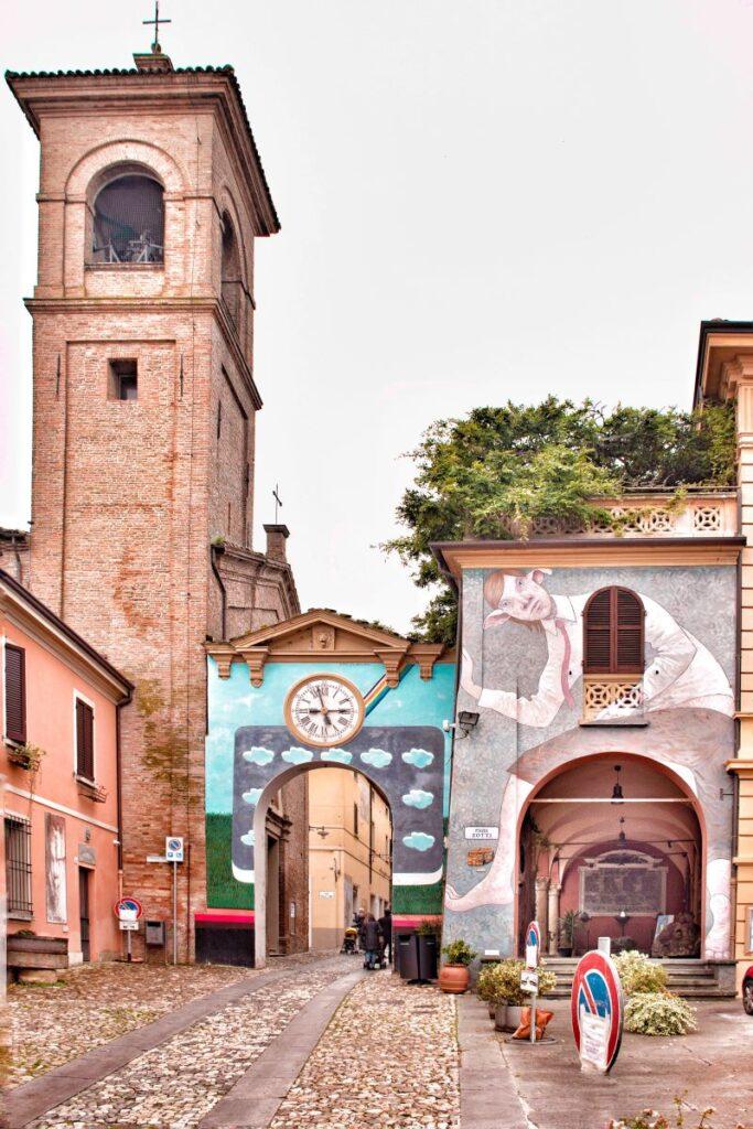 dozza-murales-arcobaleno
