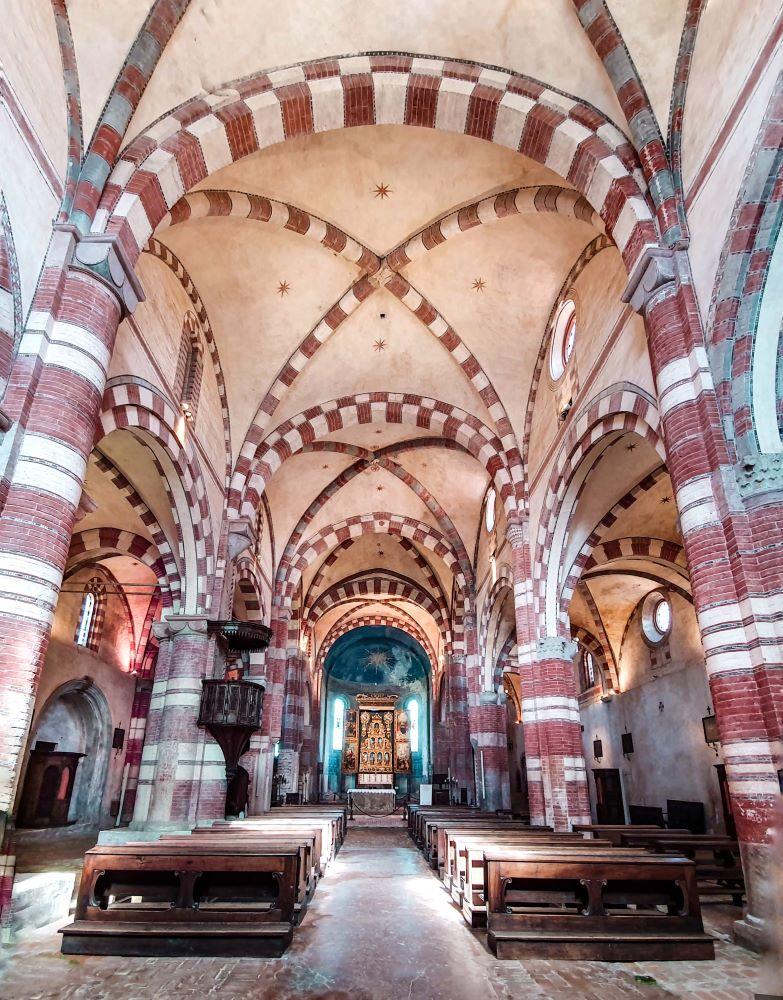 Abbazia-di-Staffarda-chiesa