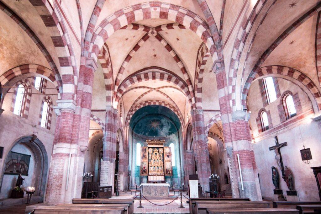 abbazia-di-staffarda-immagini
