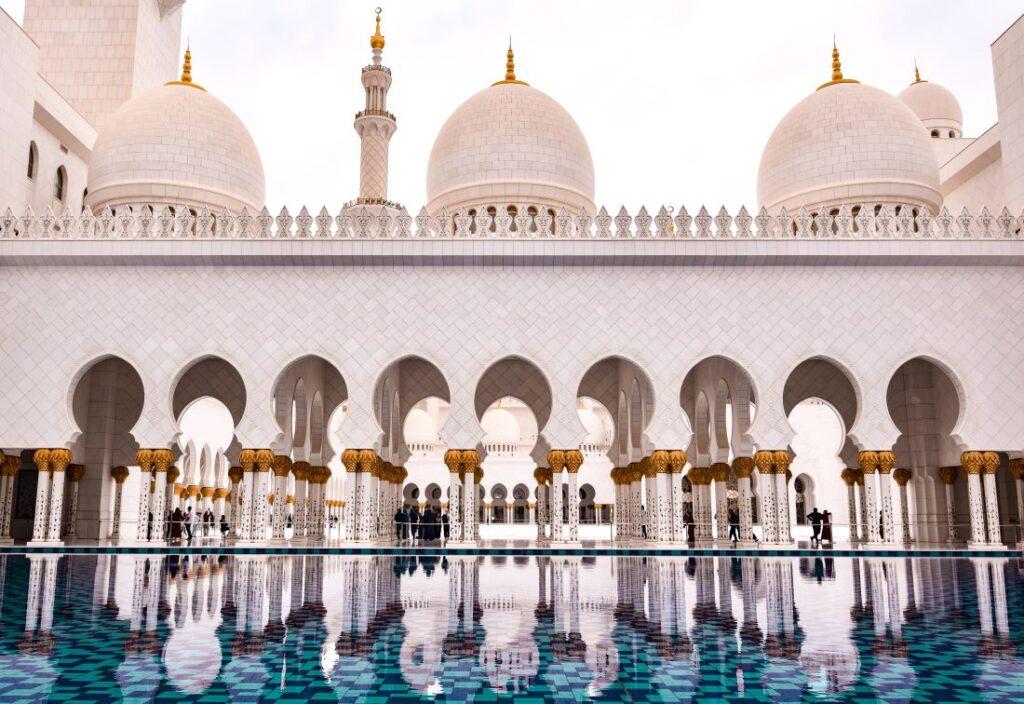 grande-moschea-abu-dhabi-colonne