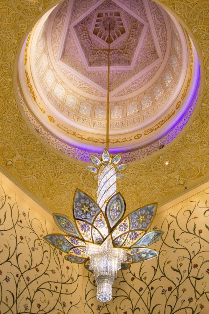 grande-moschea-abu-dhabi-lampadari