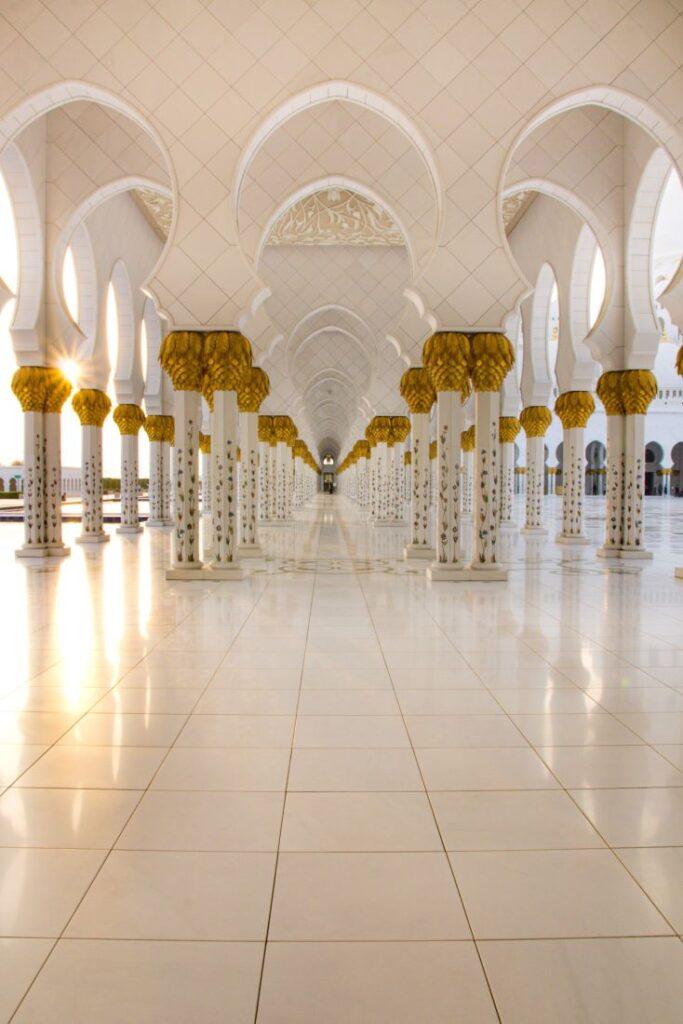 moschea-bianca-abu-dhabi-colonne