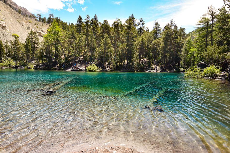 lago-verde-valle-stretta
